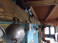 pentole nella cucina di Chiulano